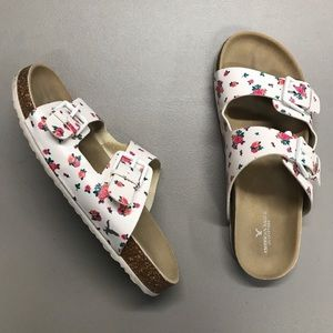 American Eagle Outfitters Sandals / Slides Floral